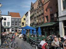 Bruges cafe life